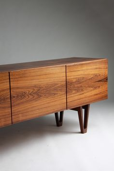 Sideboard, designed by Ib Kofoed Larsen, Denmark. I will own a perfect mid-century sideboard Vintage Furniture, Wood Furniture, Furniture Design, Office Furniture, Furniture Buyers, Luxury Furniture, Furniture Ideas, Muebles Art Deco, Into The Woods