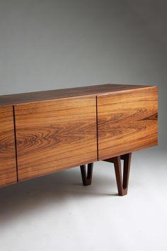 de madera noble.