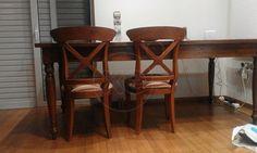 ΤΡΑΠΕΖΑΡΙΑ σαλονιού με 5 καρέκλες, υποπόδιο, πάρα πολύ καλή κατάσταση, τραπέζι μήκος 2 μέτρα, 0,80 ύψος, 1 μέτρο φάρδος, μασίφ ξύλο, σκάλισμα στην επιφάνεια, τζάμι πάχους 1 cm, τιμή 300€ , 210/2790658 Bar Stools, Furniture, Home Decor, Bar Stool Sports, Decoration Home, Room Decor, Counter Height Chairs, Bar Stool, Home Furnishings