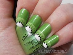 kiwi fruit nails, cute! perfect green and white nails for summer :)