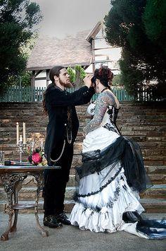 goth wedding dress- I love this dress Goth Wedding Dresses, Halloween Wedding Dresses, Wedding Dress Trends, Wedding Dresses Plus Size, Colored Wedding Dresses, Plus Size Wedding, Wedding Attire, Wedding Gowns, Plus Size Gothic Dresses