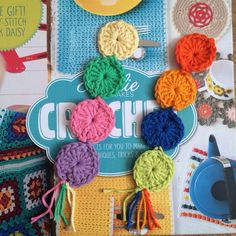 Dress Up the Gift of a Book with 10 Free Crochet Bookmark Patterns – Sylviaaa, ✝ - Crochet Easy Crochet Bookmarks, Bookmarks Kids, Crochet Mask, Free Crochet, Crochet Cord, Crochet Flower, Crochet Crafts, Crochet Projects, Yarn Projects