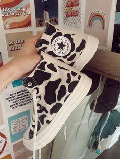Dr Shoes, Swag Shoes, Hype Shoes, Me Too Shoes, Shoes Jordans, Denim Shoes, Mode Converse, High Top Converse, Sneakers Fashion