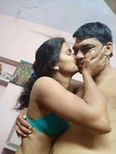 Beauty Full Girl, Beauty Women, Hot Couple Romance, Actress Kiss, Beautiful Women Over 40, Girl Trends, Hot Couples, India Beauty, Indian Actresses