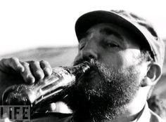 Fidel Castro drinking Coke by Romano Cagnoni (Life, Jan 1972)