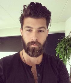 Franggy Yanez, click now for more. Medium Hair Cuts, Medium Hair Styles, Long Hair Styles, Latest Haircuts, Haircuts For Men, Beard Styles For Men, Hair And Beard Styles, Style Masculin, Beard Lover