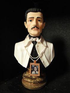 Jesus Malverde statue