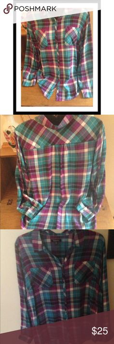 """PLAID BLOUSE Relativity brand 100% rayon, button down, long sleeve, Hi/LO blouse with 2 front pockets. Bust 27"""", length front 30"""" & length back 34"""" with rounded hem. 1st & 2nd pics true to colors NWT Tops Blouses"""