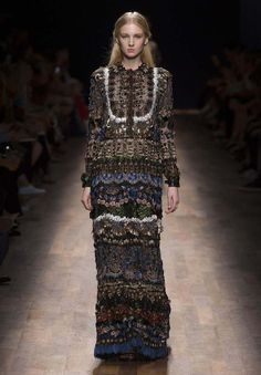 Valentino   Ready To Wear Spring/Summer 2015   Look 61