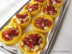 Semplicissimo antipasto, piuttosto invernale direi perché io la polenta l'associo all'inverno ma questa ricetta era rimasta accantonata in u...