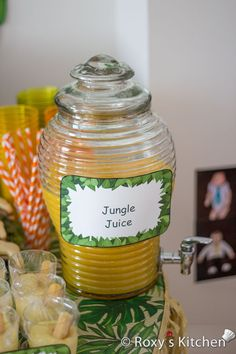 Safari / Jungle Themed First Birthday Party – Dessert Ideas: Jungle Juice Safari / Jungle Themed First Birthday Party – Dessert-Ideen: Jungle Juice Monkey First Birthday, Monkey Birthday Parties, Birthday Party Desserts, Wild One Birthday Party, Third Birthday, Animal Themed Birthday Party, Jungle Theme Birthday, Birthday Themes For Boys, Safari Birthday Party
