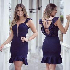 {Dark Blue } Vestido @karmanioficial Costas mais linda né?! Amo detalhes assim!