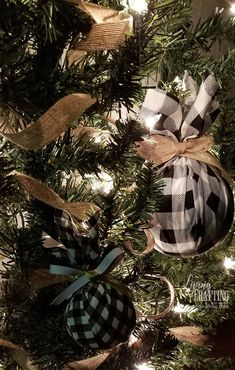 DIY Buffalo Check Christmas Tree Ornament - Living and Crafting - - This is a very easy and quick DIY to make a cute Buffalo Check Christmas Tree Ornament for decorating in a farmhouse style this year. Live Christmas Trees, Christmas Tree Themes, Christmas Tree Toppers, Diy Christmas Ornaments, Christmas Crafts, Christmas Door, Buffalo Plaid Christmas Ornaments, Xmas Tree, Christmas Stuff