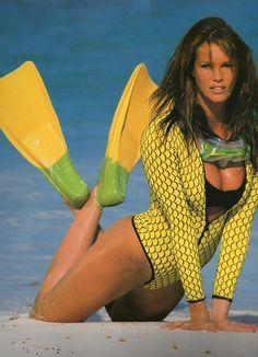 Elle Macpherson in a photo shoot for the cover of her swimsuit calender Elle Macpherson, Natalia Vodianova, Lily Aldridge, Claudia Schiffer, Cindy Crawford, Heidi Klum, Dali, Bikinis, Swimsuits