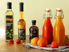 Köstlicher Fruchtbalsam - Sommer in der Flasche   Dinkelliebe   Backblog Foodblog Genussblog Hot Sauce Bottles, Homemade, Food, Deli Food, Home Made, Essen, Meals, Yemek, Hand Made