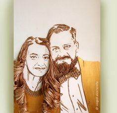 Fiber Art - portrait by szegedi alice torella https://www.facebook.com/Torella-Artcraft-1502518396721094/ #fiberart #art #acoart #papirus #portrait #gold #faces