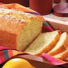 Lemon Poppyseed Bread from cake mix Natalie brought this over last night and its without a doubt the best lightest poppyseed bread Ive ever had Cant wait to make it mysel. Lemon Poppy Seed Loaf, Poppy Seed Bread, Cake Mix Recipes, Dessert Recipes, Desserts, Bread Recipes, Bread Packaging, Lemon Bread, Banana Bread