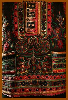 Romanian vest ~ beautiful. Folk Costume, Costumes, Romanian People, Folk Clothing, Hungarian Embroidery, Europe Fashion, Ethnic Fashion, The Hobbit, Traditional Outfits