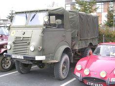 """RENAULT R 2087 Version 4 x 4 militaire de la """"Goêlette"""". http://www.museeducamion.com/france/renault_r_2087_goelette.jpg"""