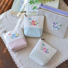 Butterfly Series . 春なのでちょうちょモチーフをまたひとつ。 小さなポーチ出来ました。 #ポーチ #pouch #handmade #刺繍 #embroidery