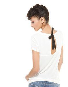 Bershka Portugal -T-shirt Bershka laço costas