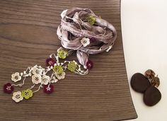 Silk Necklace Crochet Burgundy Green Cream Oya door ReddApple, $36.00