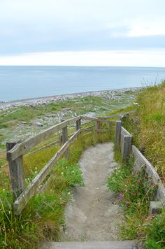 i love this (:  [taken at Fort Casey in Washington] Down to the beach