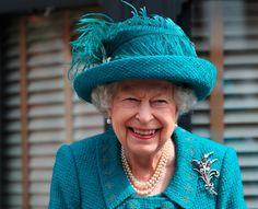 Prinz Philip, Prinz William, Norfolk, Coronation Street Set, William Roache, Barbara Knox, Manchester Cathedral, Visit Manchester, Die Queen