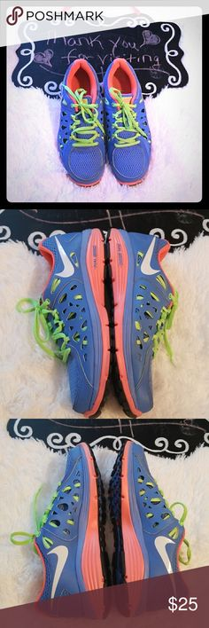 Nike Dual Fusion Sneakers EUC. Without box. Only worn 4/5 times. Nike Shoes Sneakers