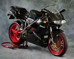 Ducati 916 Senna Edition.