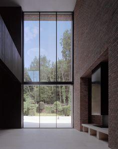 Highgate House - Carmody Groarke, brick, fireplace, living room, window