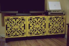 yellow media table