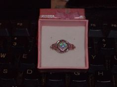 LOOK!!!!! A BEAUTIFUL STERLING SILVER PINK FIRE OPAL RING SIZE 6