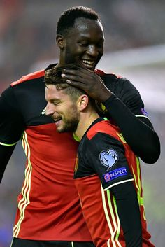 België-Estland. Dries Mertens scoorde driemaal.