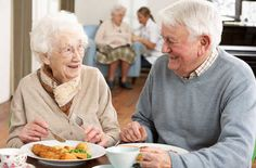 """A Organização Mundial da Saúde (OMS) define o idoso como """"uma pessoa com 65 anos ou mais nos países desenvolvidos, e 60 anos nos países ..."""