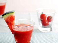 Découvrez la recette Gaspacho de tomates pastèque sur cuisineactuelle.fr.
