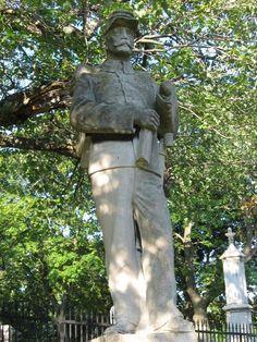 American Civil War, American History, Confederate Monuments, Cemetery Art, Civil War Photos, Graveyards, Statues, Beautiful Things, Concrete