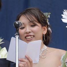 今回ご紹介するのは、池袋で50年間続くふくろ祭りで、史上初の人前式を挙げたあこさんご夫妻。「結婚式って、こんなに自由でいいんだ!」と、目からウロコのアイディアが満載です。