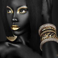 black women with black art beautiful art - Pakistan Passion Black Women Art, Beautiful Black Women, Black Art, Black Gold, Beautiful Eyes, Simply Beautiful, African American Art, African Art, Art Visage