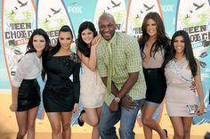 The Kardashian family is doing everything possible to get Lamar Odom the help he needs. The former basketball star remains in critical condition in a Las Vegas hospital, so the famous fam has flown...