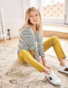 Long Sleeve Breton Tops & T-shirts at Boden Boden Women 2018, Casual Street Style, Work Casual, Fashion Wheel, Boden Clothing, Bold Fashion, Fashion 2020, Fashion Trends, T Shirts