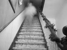 Creepy Photo of the Day: Paranormal Activity at the Pride House Ghost Images, Ghost Pictures, Ghost Pics, Scary Places, Haunted Places, Haunted Houses, Paranormal Pictures, Ghost Hauntings, Creepy Ghost