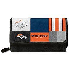 Denver Broncos Bucket Handbag With Team Logo Broncos Team, Denver Broncos Womens, Broncos Logo, Nfl Fans, Football Fans, Handbag Display, Team Logo, Tote Bag, Wallet