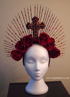 81c8fc52572 a true slipped halo. A spectacular headpiece for clubbing, showing off, for  a