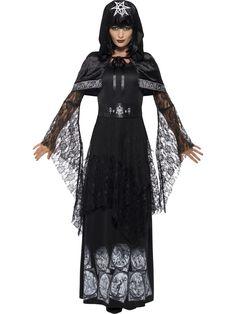 Mustan magian kuningatar. Mustan magian kuningattaren naamiaisasu on tummasävyinen ja täynnä symboleita.