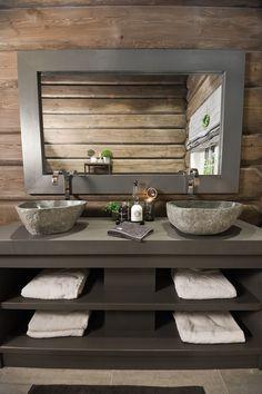 FINN Eiendom - Fritidsbolig til salgs Bathroom Decor Pictures, Blue Bathroom Decor, Diy Bathroom, Bathroom Design Small, Bathroom Accessories, Outhouse Bathroom Decor, Cabin Bathrooms, Mountain Cabin Decor, Log Cabin Living