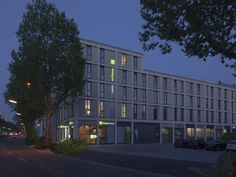 Heidelberg Holiday Inn Express Heidelberg City Centre Germany, Europe Ideally located in the prime touristic area of Heidelberg City Center, Holiday Inn Express Heidelberg City Centre promises a relaxing and wonderful visit. The hotel offers a high standard of service and amenities to suit the individual needs of all travelers. Free Wi-Fi in all rooms, 24-hour front desk, facilities for disabled guests, express check-in/check-out, luggage storage are just some of the facilitie...