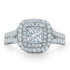 Double Halo ring.. ..BEAUTIFUL!