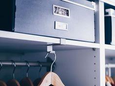 Ankleidezimmer Ideen, DIY Ankleidezimmer, PAX IKEA Ankleideraum, Ankleidezimmer gestalten, begehbarer Kleiderschrank, Interior Blog, www.whoismocca.com Pax System, Ikea Pax Wardrobe, Wall Lights, Ceiling Lights, Ikea Hack, Dressing Room, Track Lighting, Armoire, Diys