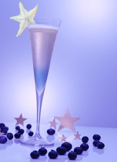Starry Night Cocktail -blueberry vodka -blueberries (can be frozen) -Pommery Pink POP Champagne